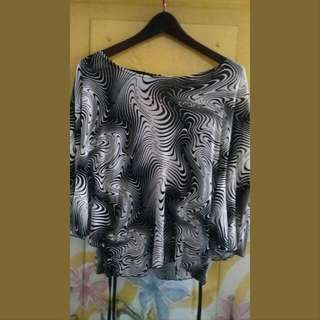 Batwing Black And White Top