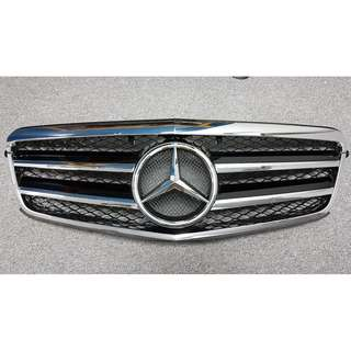 Mercedes Benz E Class W212 Front Grill ( Brand new )