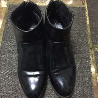 Preloved Boots