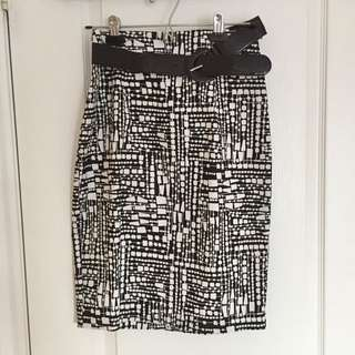 Pencil Skirt Sz.4