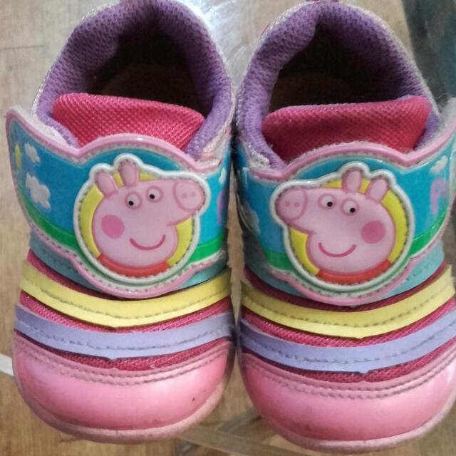二手佩佩豬鞋子 尺寸14號