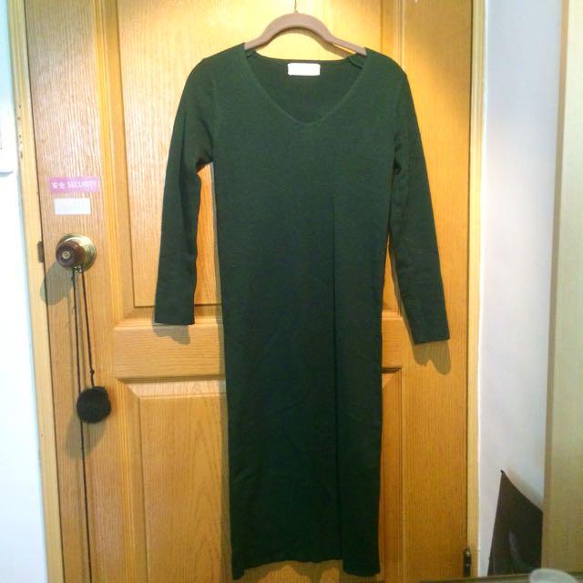 深綠色貼身連身裙
