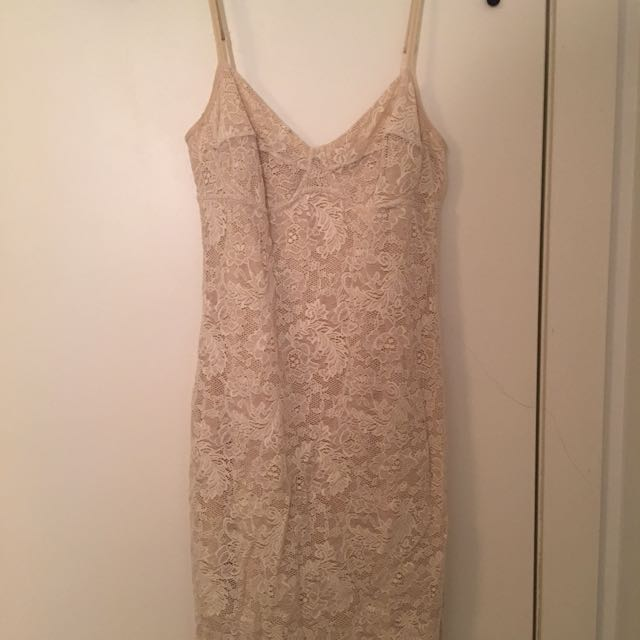 Aritzia/Wilfred Dress
