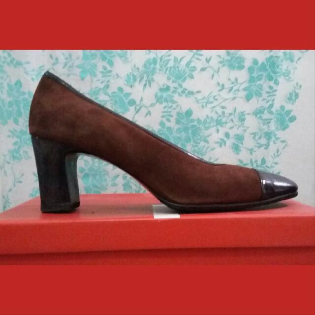Auth Charles Jordan Shoes