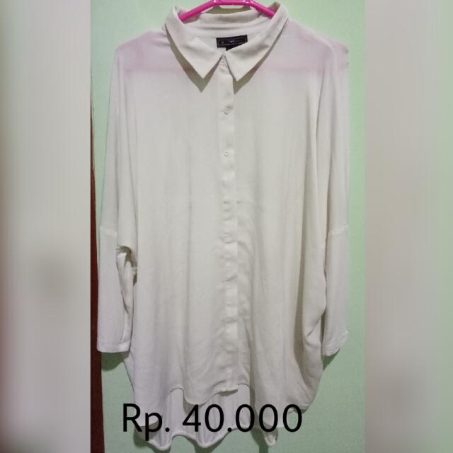 Batwing Broken White Blouse