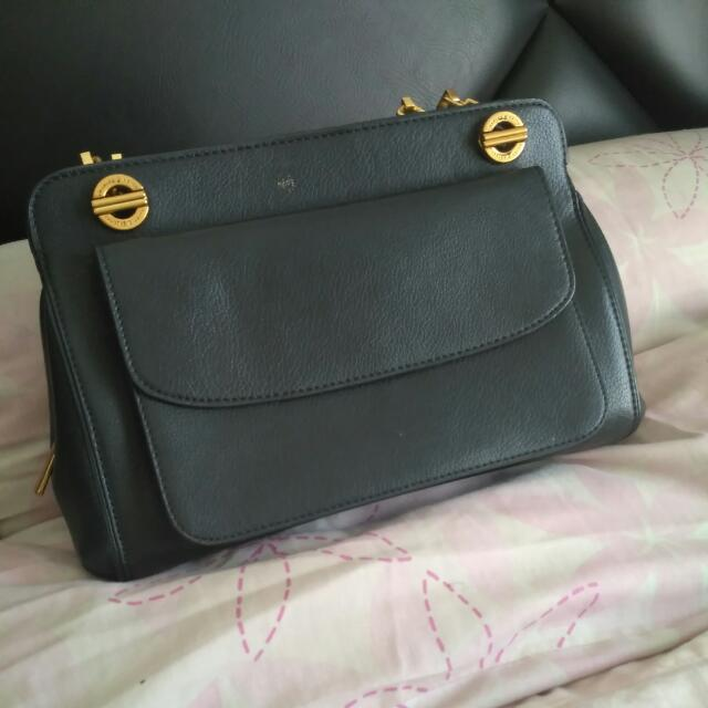 Charles And Keith Preloved