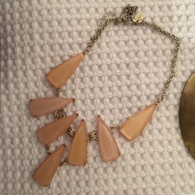 Costume Jewellery - Blush Necklace
