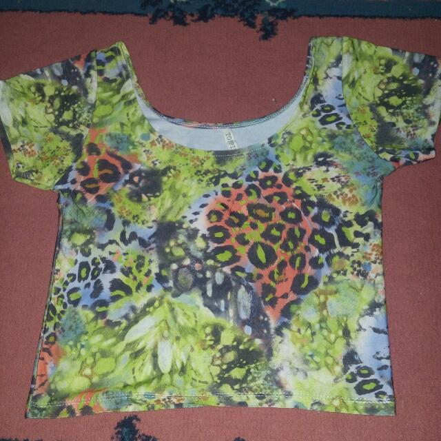 Crop top scoop back