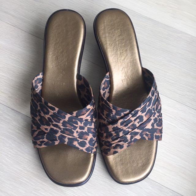 EUC satin Leopard Print Summer Sandals / Slides