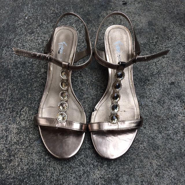 Fioni Night Sandals