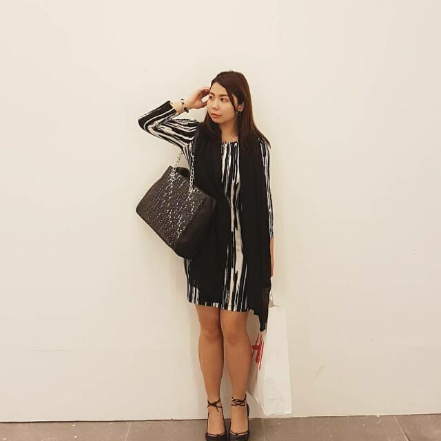 Forever 21 Black.& White Dress