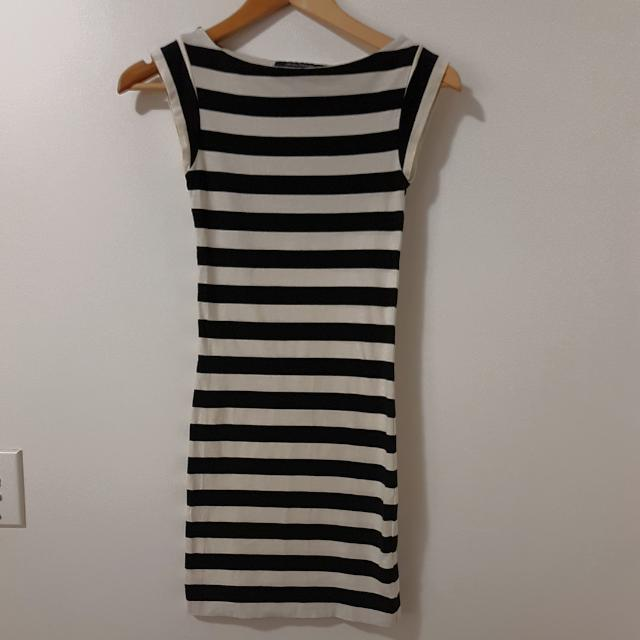 FRENCH CONNECTION Striped Dress Size 6
