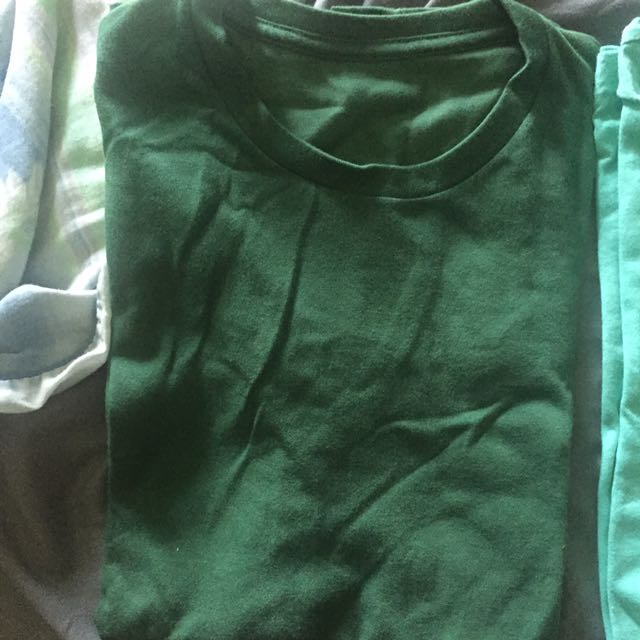 Green basic Tee Uniqlo M Size