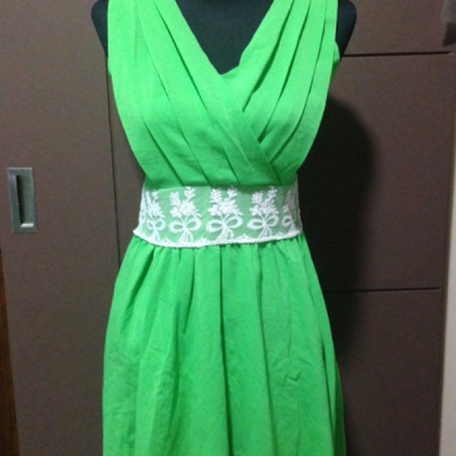 Green V Neck Dress
