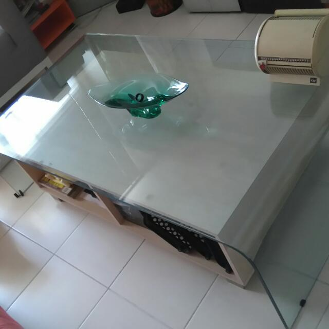 Italian Glass Coffee Table.Italian Glass Coffee Table