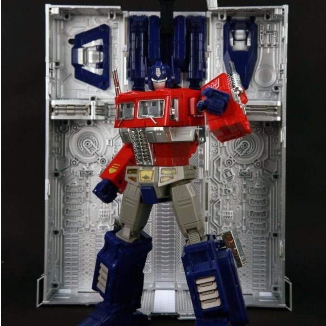 In Stock Ko Transformers Masterpiece Mp 10 Mp10 Optimus Prime With Convoy Trailer Toys Games Bricks Figurines On Carousell