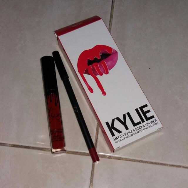 Kylie Matte Liquidlipstick & Lipliner
