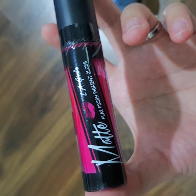 LA Girl Lip Cream in PLAYFUL