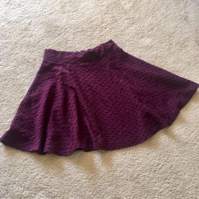 H&M Maroon Short Skater Skirt (XS)