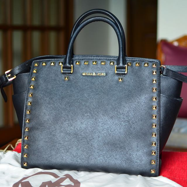 Michael Kors Authentic Handbag (REPRICED)