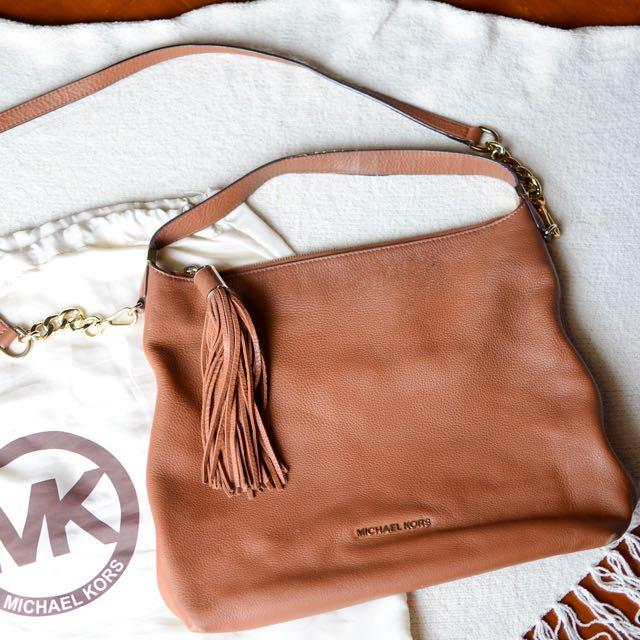 Michael Kors Authentic Shoulder Bag