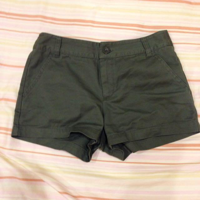 net軍綠短褲