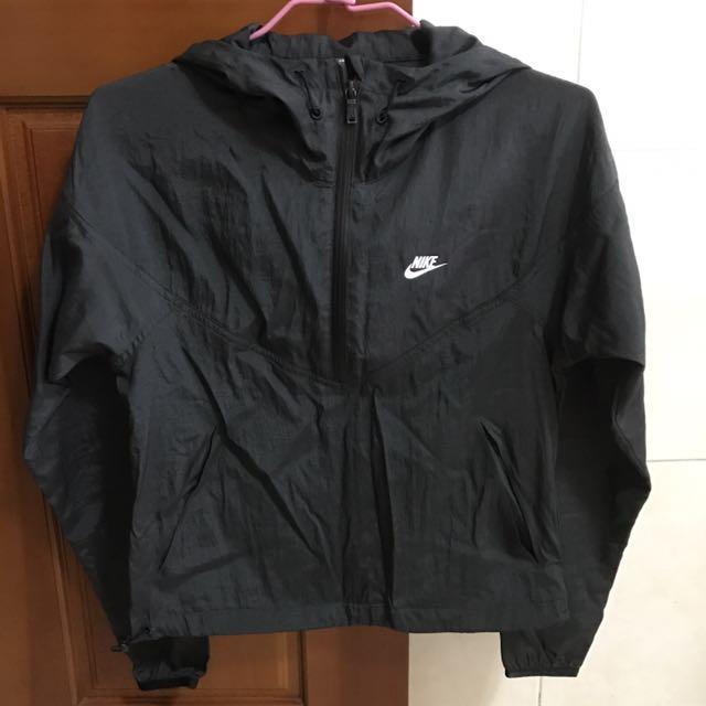 Nike運動上衣