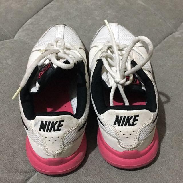 NIKE (女)運動鞋~