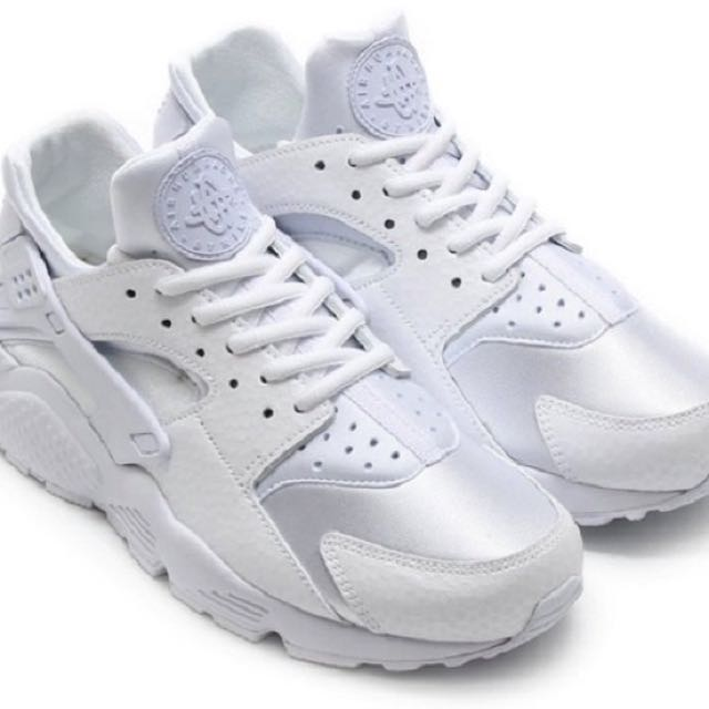 8c531180e1adf Nike Women s Air Huarache Triple White