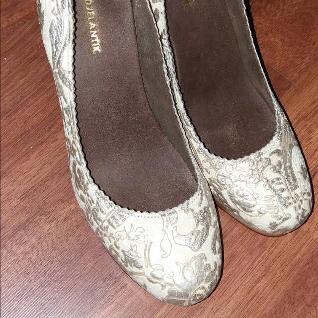 Niluh Djelantik Shoes