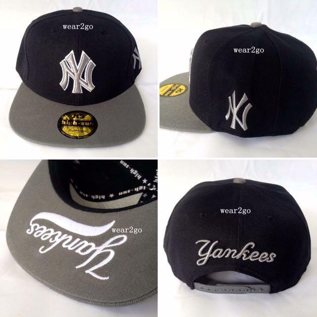 NY YANKEES in Black Color & Grey Logo
