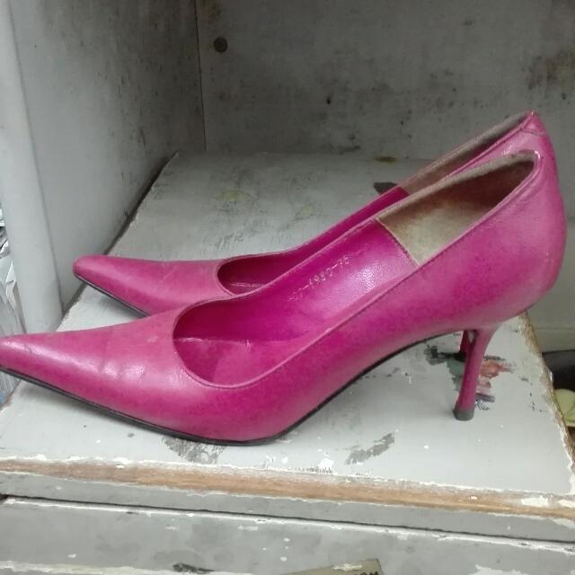 Pink Stelleto