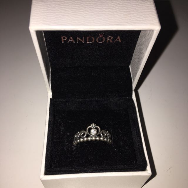 Princess Crown Ring (Size 52)