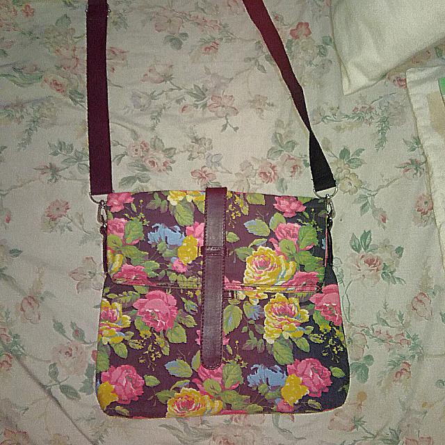 RUSH: Floral Sling Bag