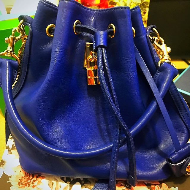 Samantha Theresa Bucket Bag