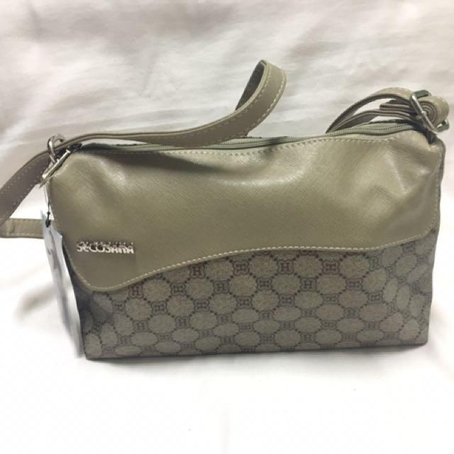 Secosana Shoulder/Body Bag