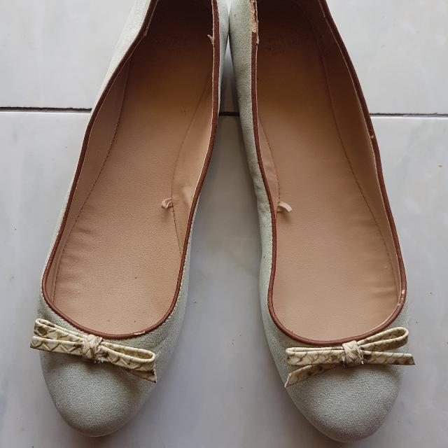 REPRICE!! Sepatu Mango TRF ORI