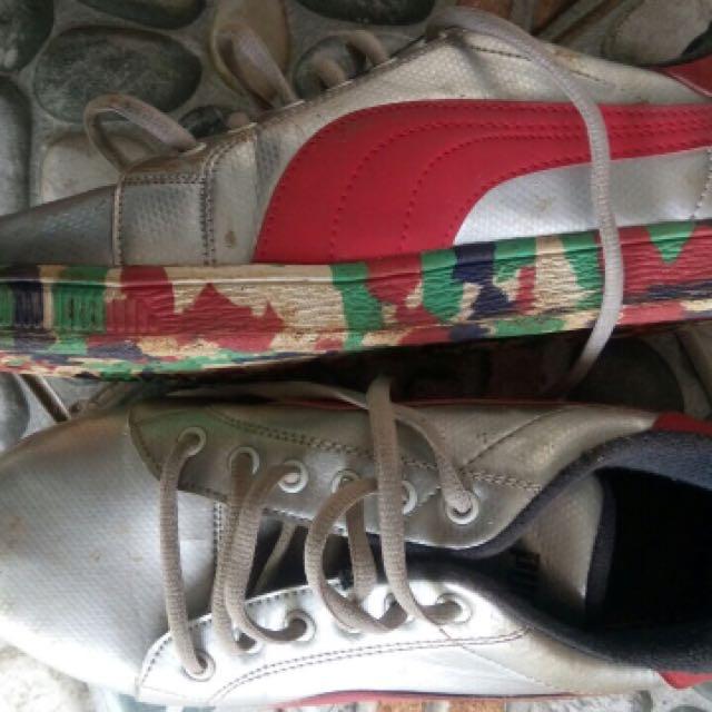 Sepatu Snikers