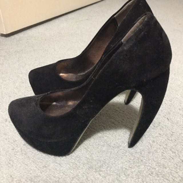 Size 7 Tony Bianco Black Suede Heels