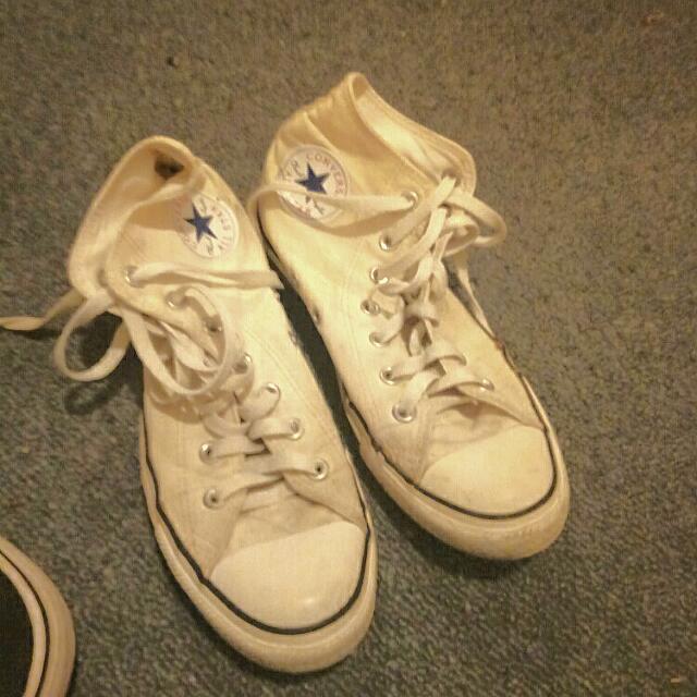 Size 8 White Converse