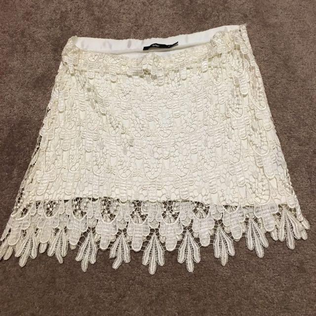 Sportsgirl Cream Lace Overlay Skirt