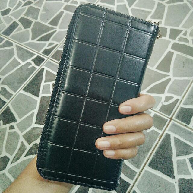 stuff: dompet wanita.