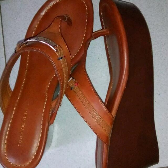 Tommy Hilfiger Wedge Sandals Size 8.5