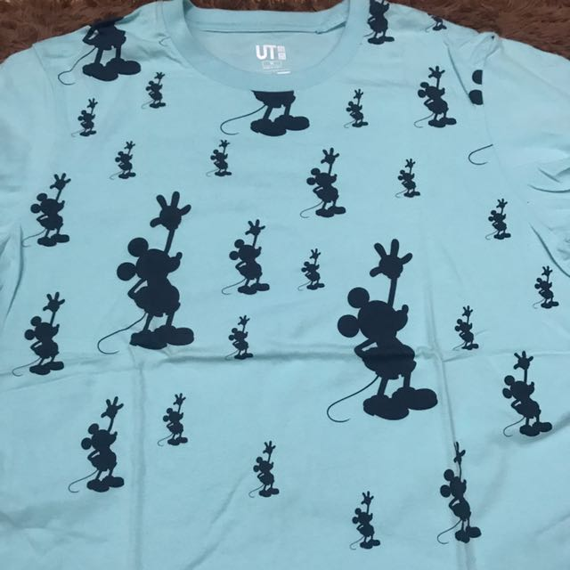 Uniqlo Tshirt Mickey Mouse Edition