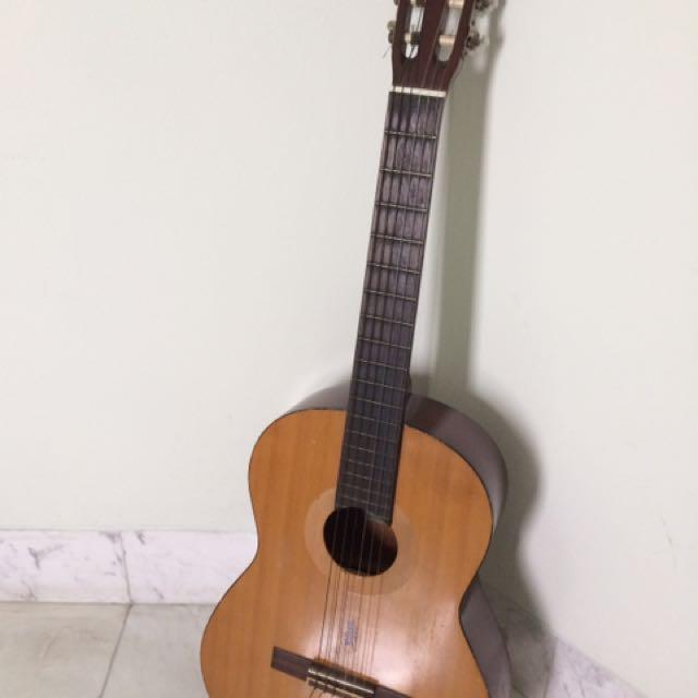 Yamaha C-350 Classical Guitar