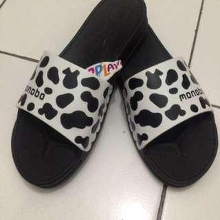 Sandal Monobo Twist Low
