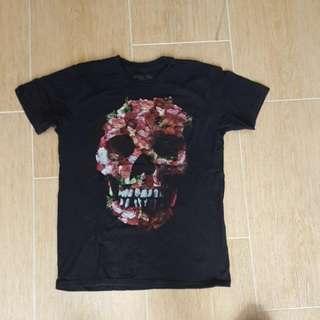Black T Shirt - (Trunk Shirts) - Skull - Size Medium