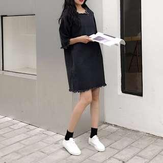 🚚 【現貨⭐CATJIN.SHOP】純色寬鬆牛仔短裙五分袖毛邊牛仔連身裙