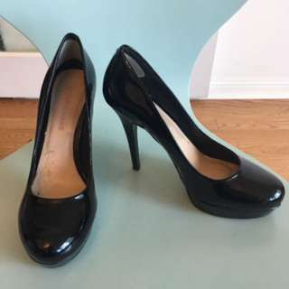 Arturo Chang Black Patent Leather Heels / Size 8 / Asking $10 obo