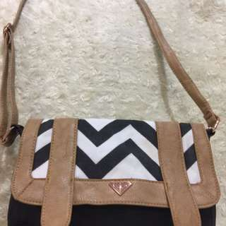 Roxy Shoulder Bag
